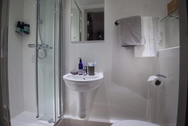 En-suite showerrooms