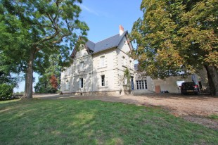5 bedroom Character Property for sale in Centre, Indre-et-Loire...