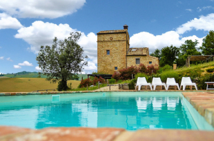 5 bed Character Property for sale in Le Marche, Ascoli Piceno...