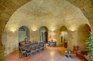 Town House in Fermo, Fermo, Le Marche