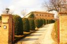 8 bed property in Le Marche, Macerata...