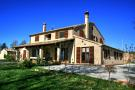4 bedroom Farm House in Le Marche, Ancona...