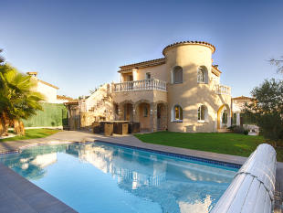 Detached home in Costa Brava, Toulouse...