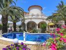 Detached home in Costa Brava...