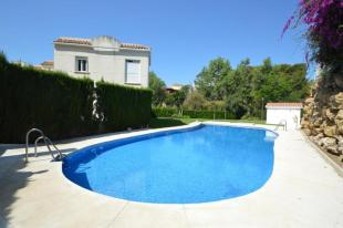 Town House for sale in Benalmadena, M�laga