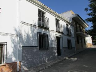 4 bedroom Town House for sale in Loja
