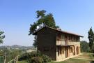 4 bedroom Farm House in Piedmont, Cuneo, Treiso