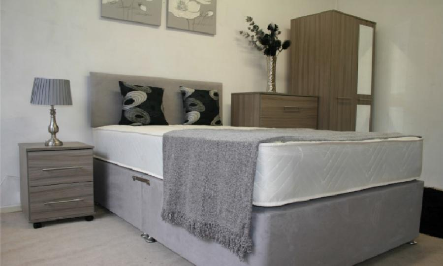 bedroom grey