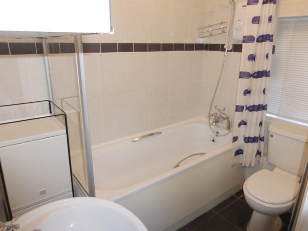 Dickens Ave bathroom