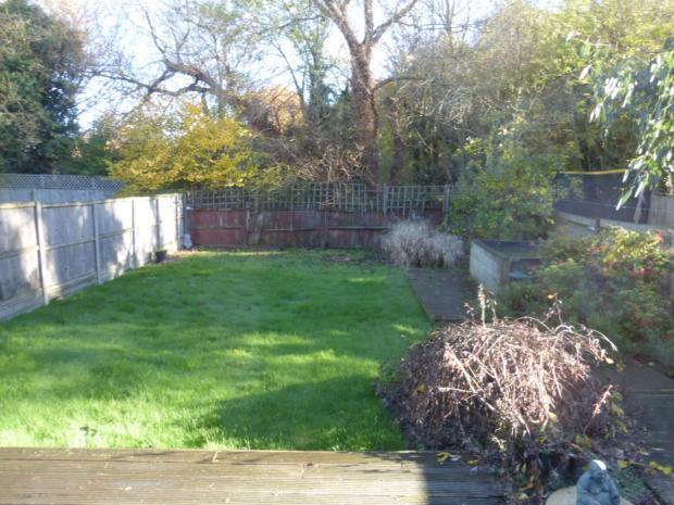 Dickens Ave - garden