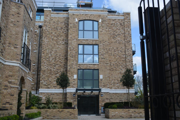 1 bedroom apartment for sale in burlington lane chiswick