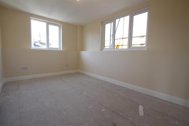 flat4 bedroom.JPG