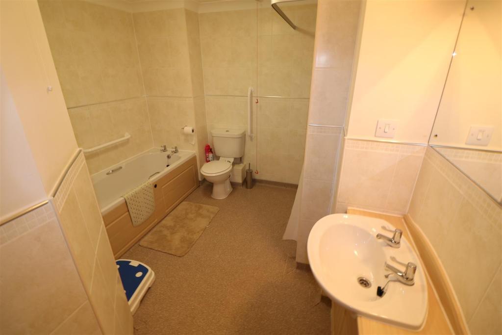 Bath/ Shower Room/W.