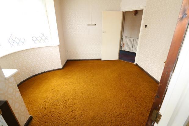 Reception Room / Bed