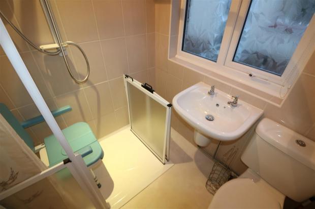 Wet/Shower Room/W.C