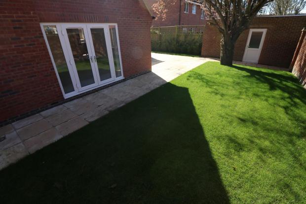 Front/rear garden
