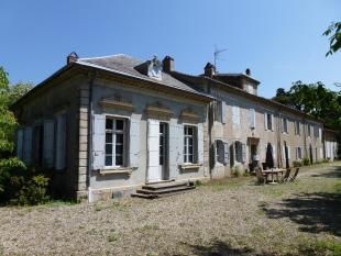 Character Property for sale in Castres, Tarn...