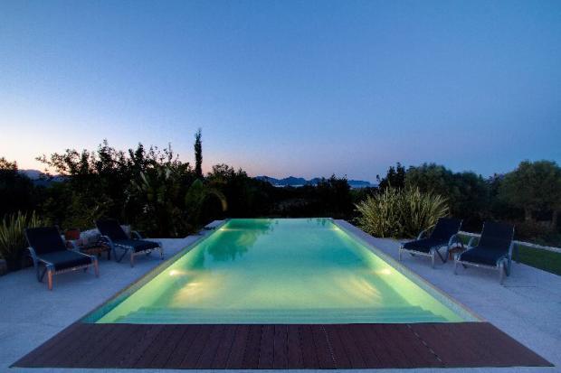 Pool with sea views