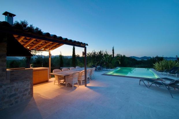 Night Shot Terrace P