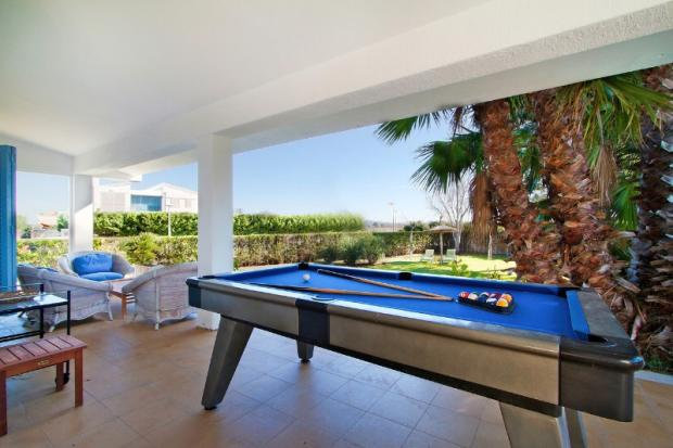 pool table for enter