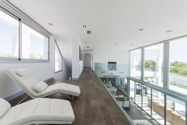 Corridor upstairs