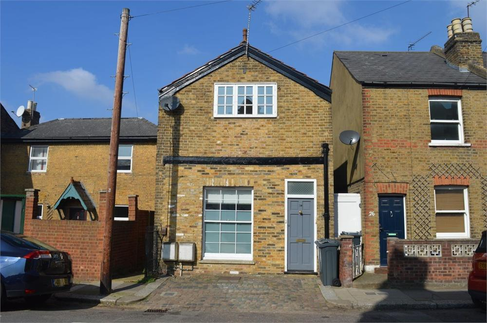 1 Bedroom Flat To Rent In Albany Road Brentford Greater London Tw8