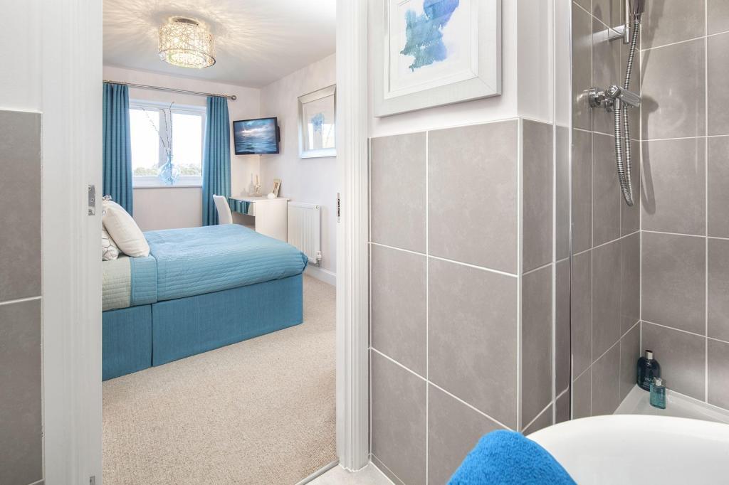 Bedroom1/en suite