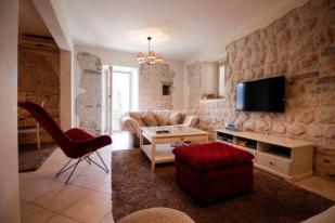 Flat for sale in Boka Kotorska