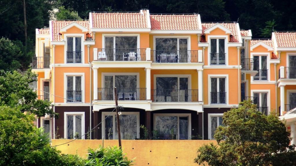 2 bedroom new Apartment in Boka Kotorska