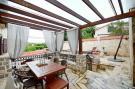 2 bedroom property in Radovici