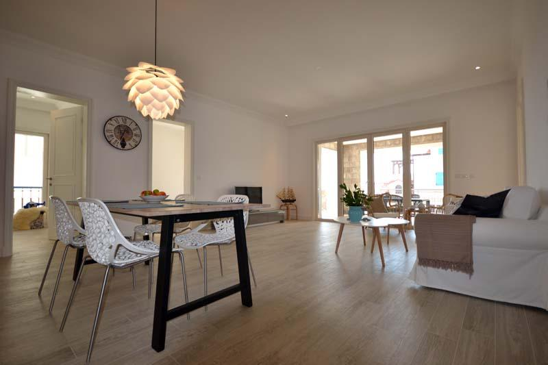 Apartment for sale in Lustica