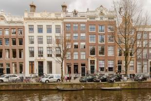 4 bed Apartment for sale in Amsterdam, Noord-Holland