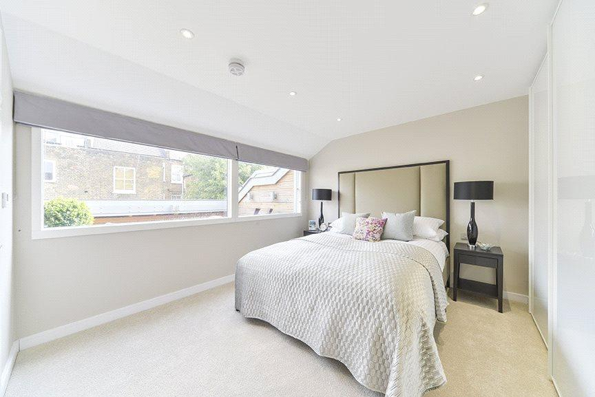 Master Bedroom : W9