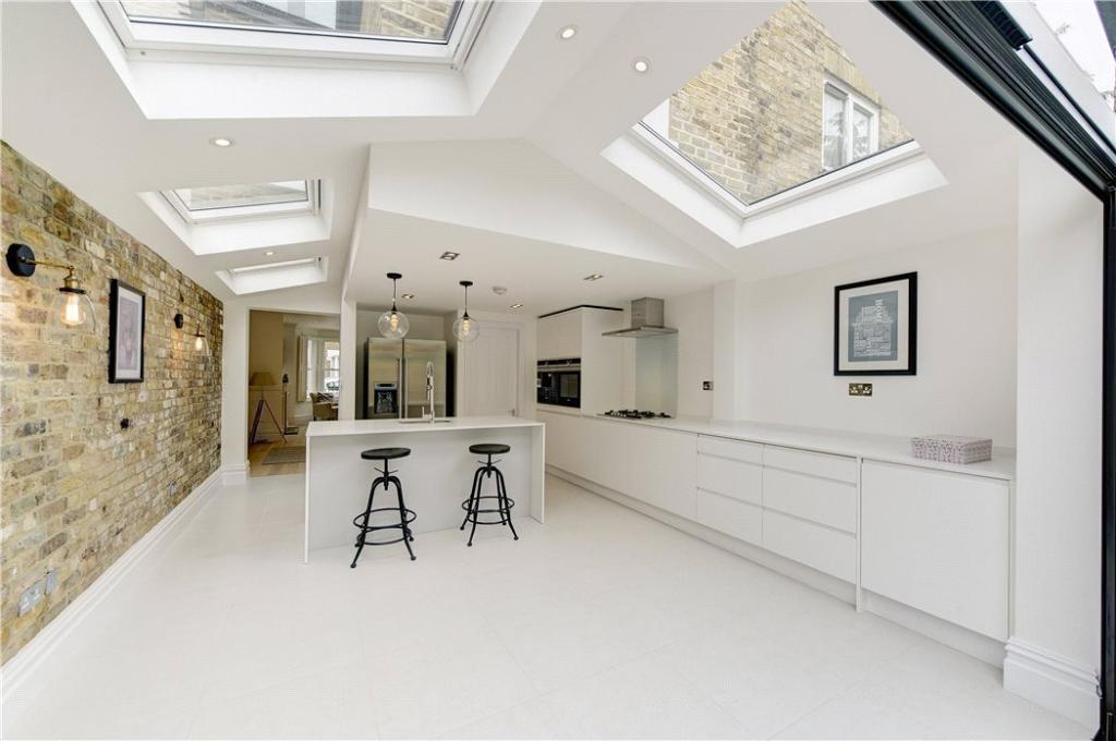 Reception : Nw10