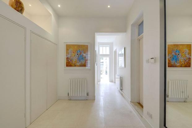 Hallway  : Nw10