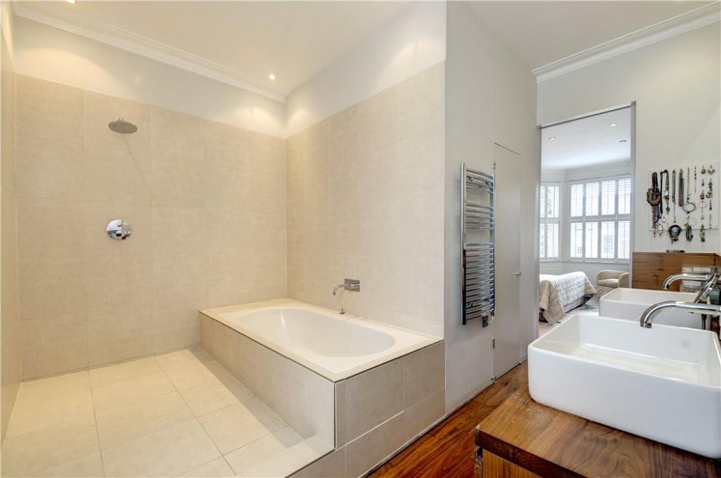 Bed1ensuite:Nw10