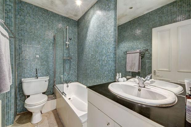 Bathroom:Nw6