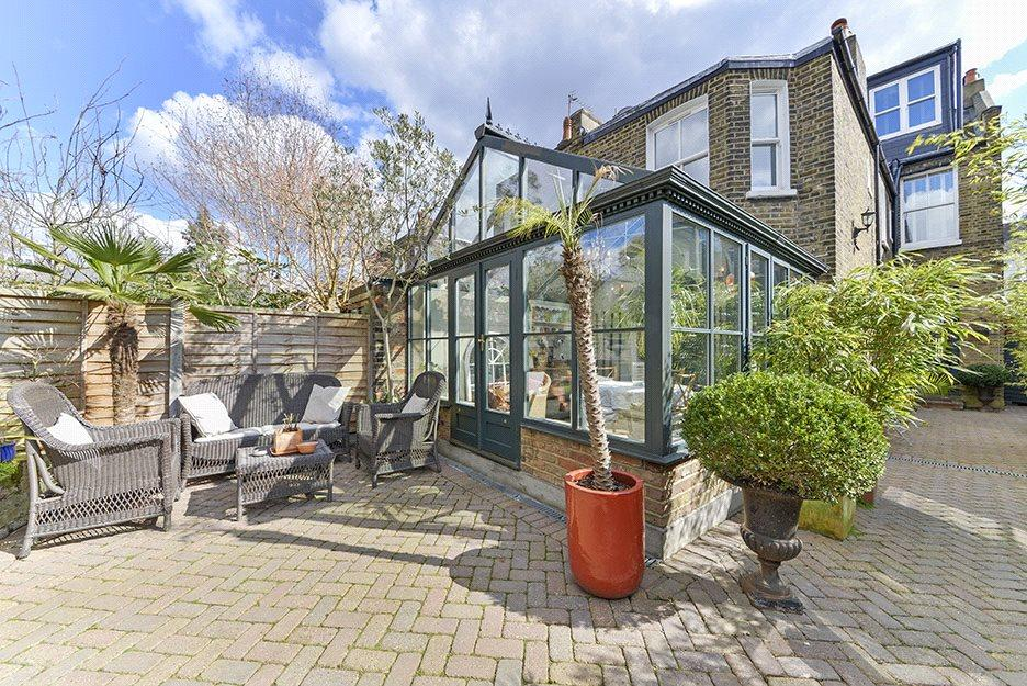 Conservatory: Nw6