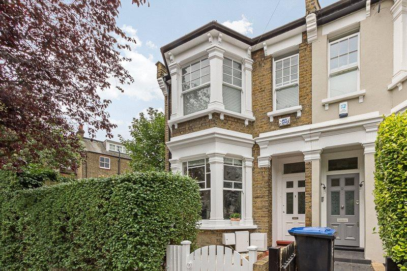3 bedroom semi detached house for sale in dudley road