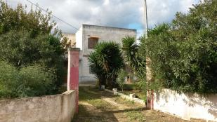 Farm House in Carovigno, Brindisi...
