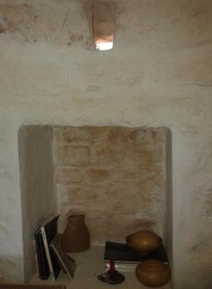 Trullo wall niche
