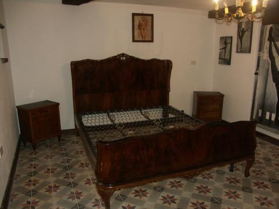 tavern bedroom