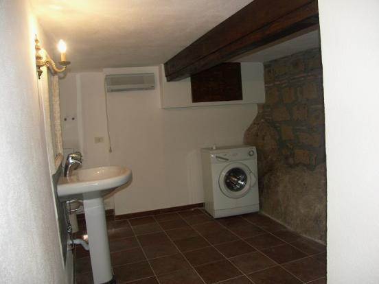 tavern bathroom