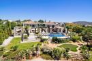 6 bed Villa for sale in Almancil, Algarve