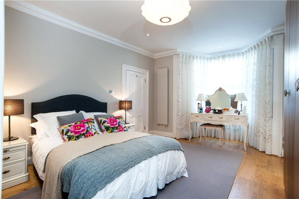 Nw3: Master Bedroom