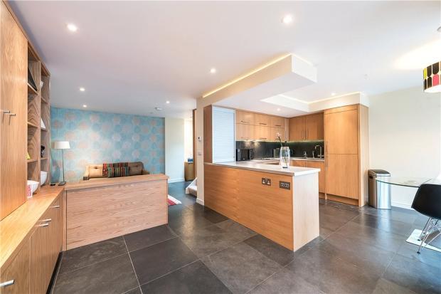 Nw3: Kitchen