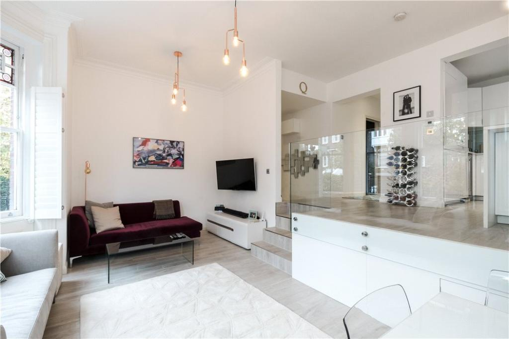 Nw3: Reception Room