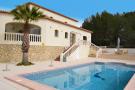4 bedroom Detached Villa for sale in Jalon, Alicante, Valencia
