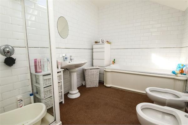 167 Bathroom