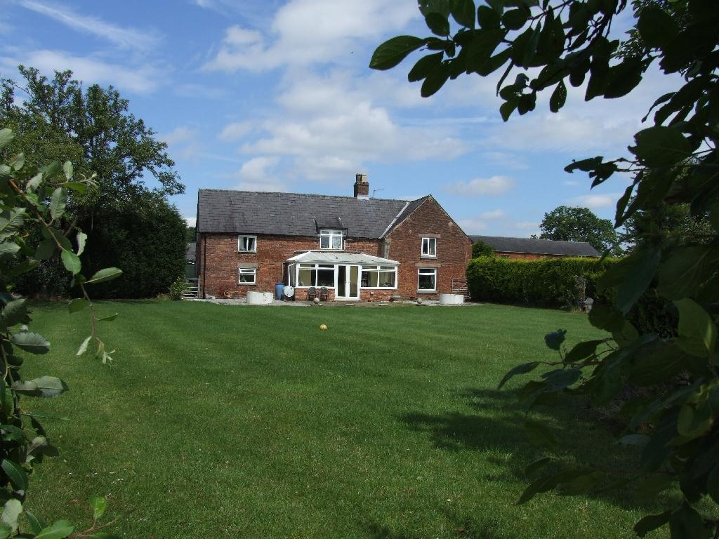 6 bedroom house for sale in Hill Moor Farm Eaton CW12